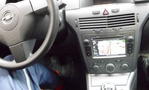 Hedendaags Navigatie dedicata dvd auto Opel Astra Vectra Zafira - Auto100.ro BX-93
